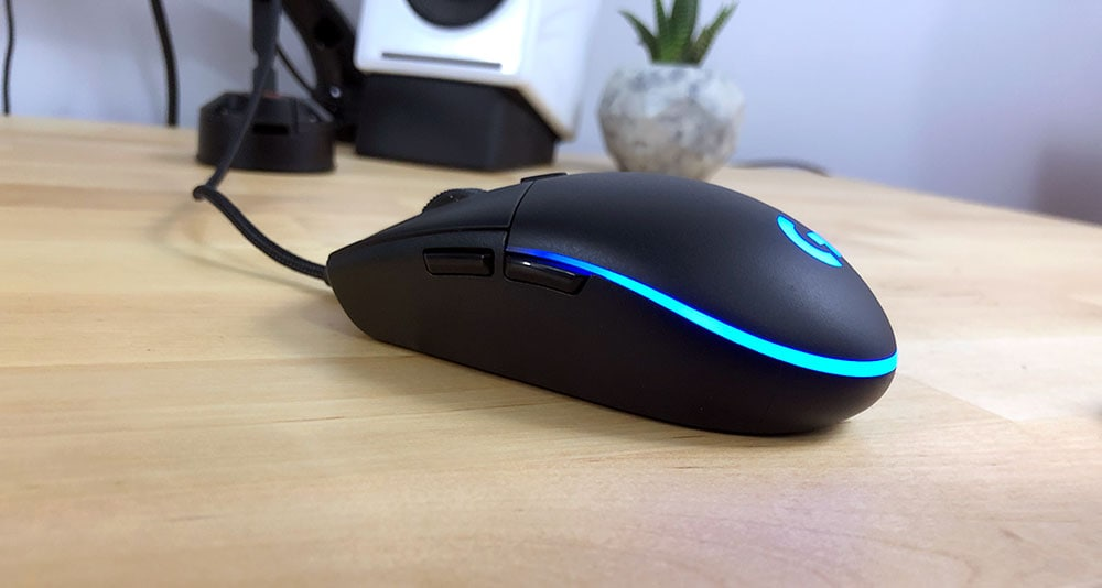 Logitech G Pro & G305 Mouse Review - Small Ambidextrous King