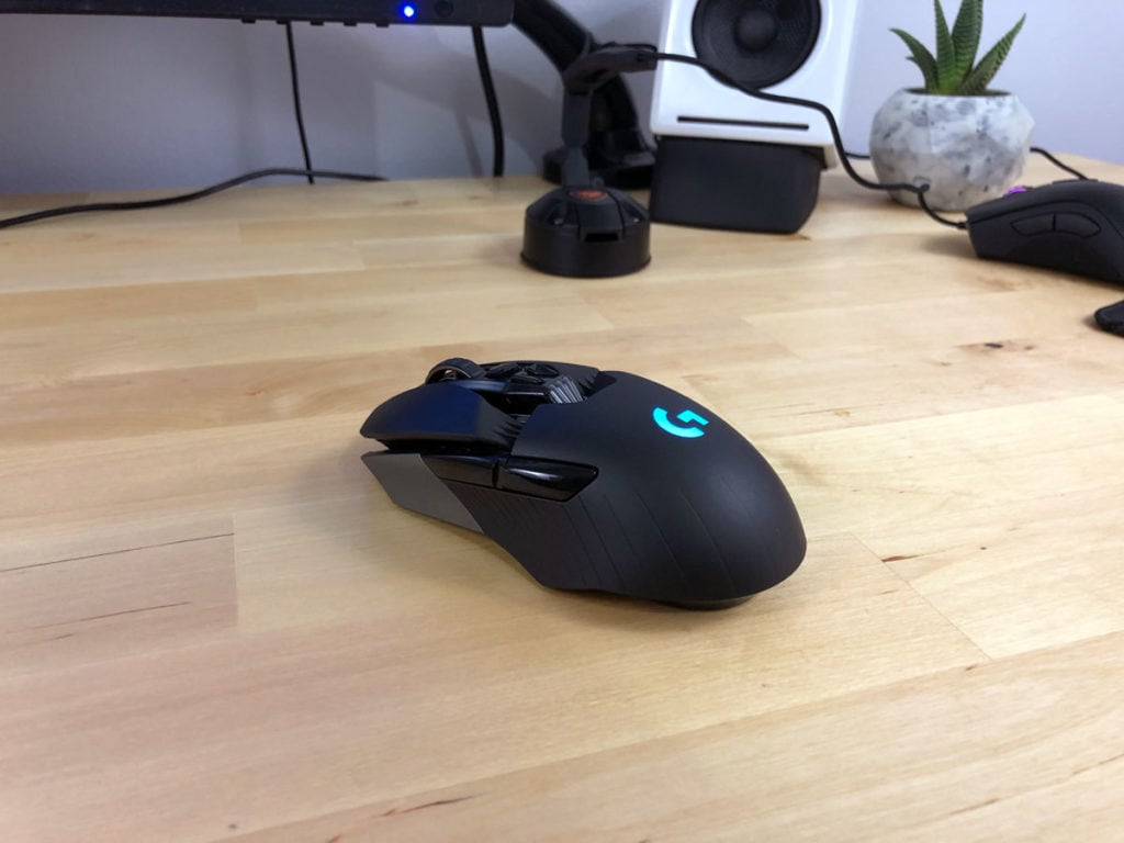 G903 Side View