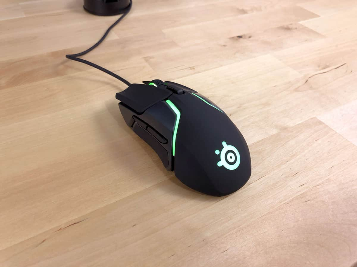 Profile view of Rival 600