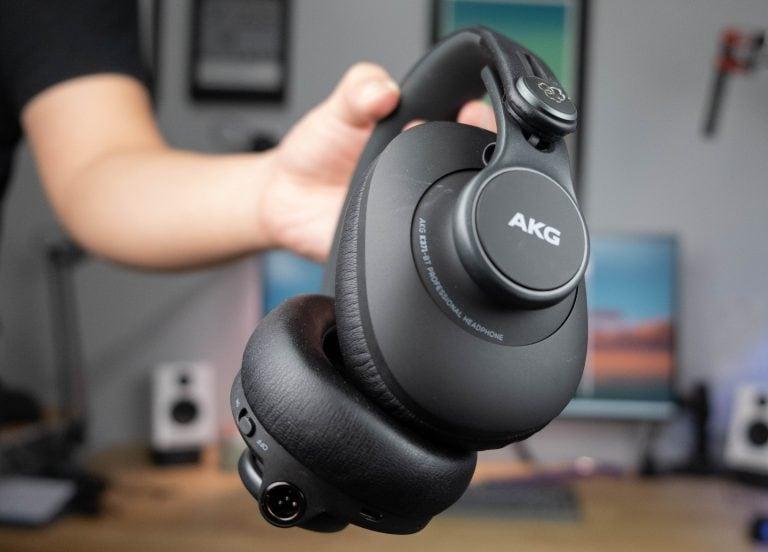 AKG K371 BT - Profile