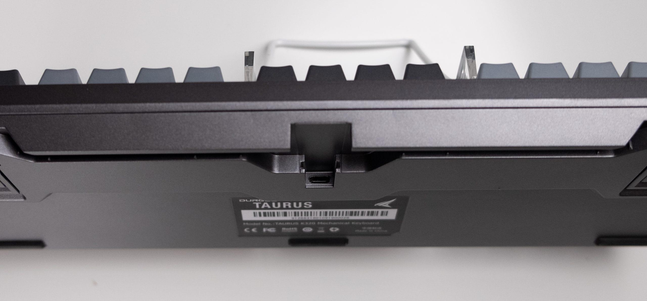 Durgod Taurus - USB port