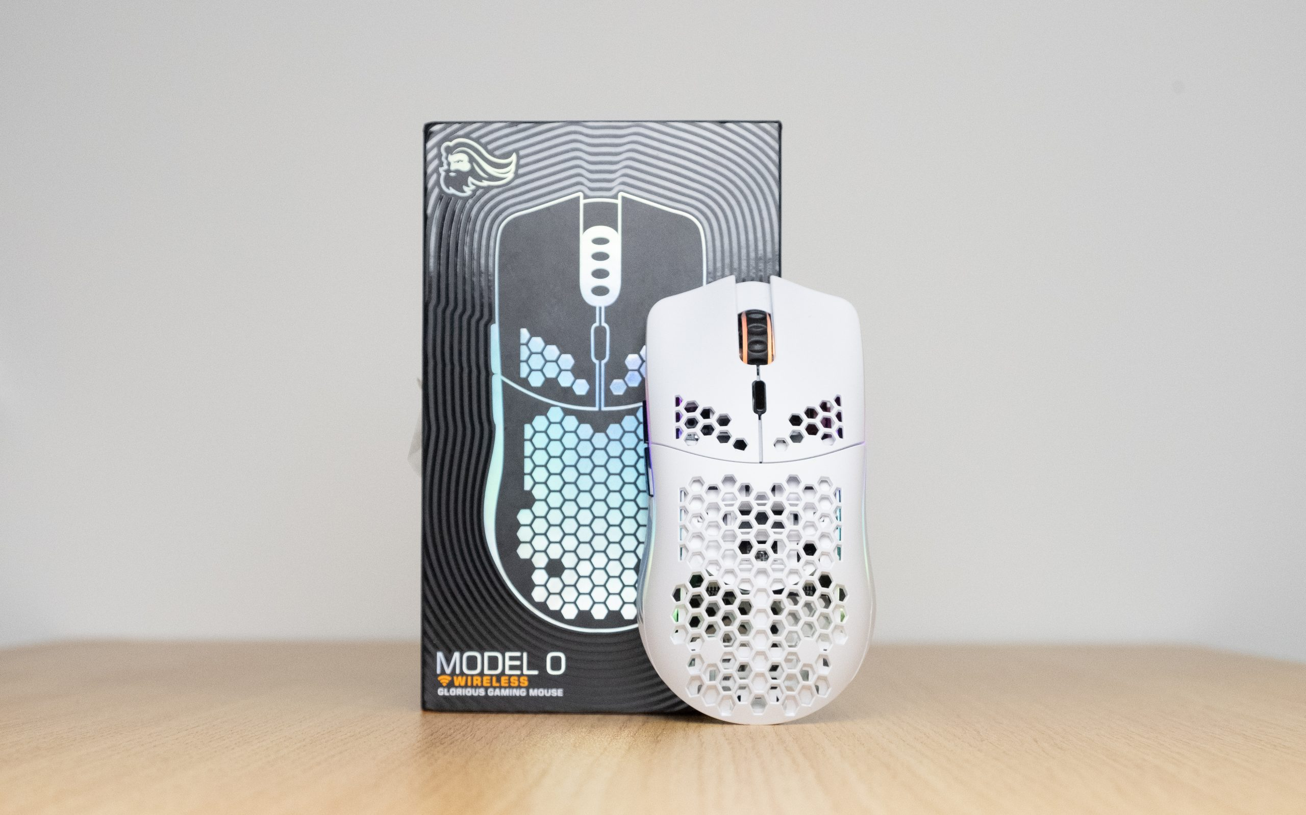 Glorious Model O Wireless - Box