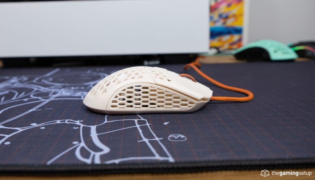 Finalmouse Ultralight 2 - Right side